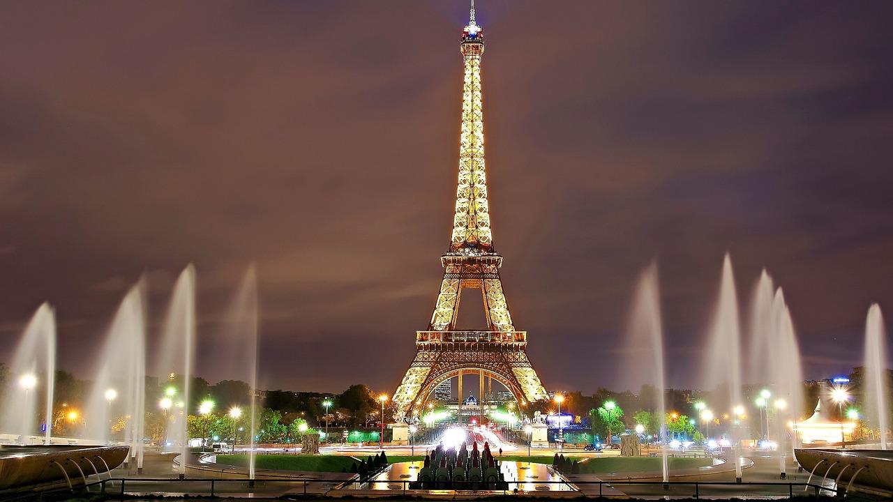 Párizs jelképe, az Eiffel-torony