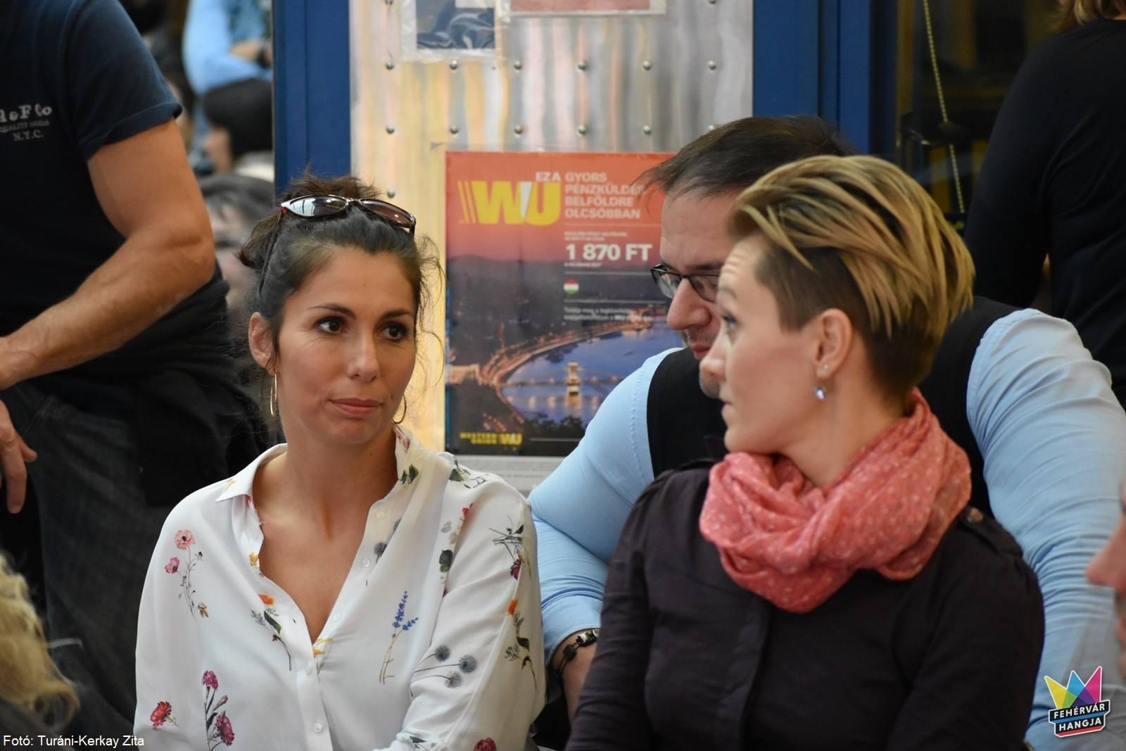 Váradi Eszter Sára a versenyzők színpadi jelenlétével foglalkozik majd